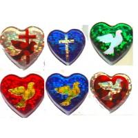Голографическая объёмная аппликация сердце с голубем и сердечком( 2 см на 2 см)